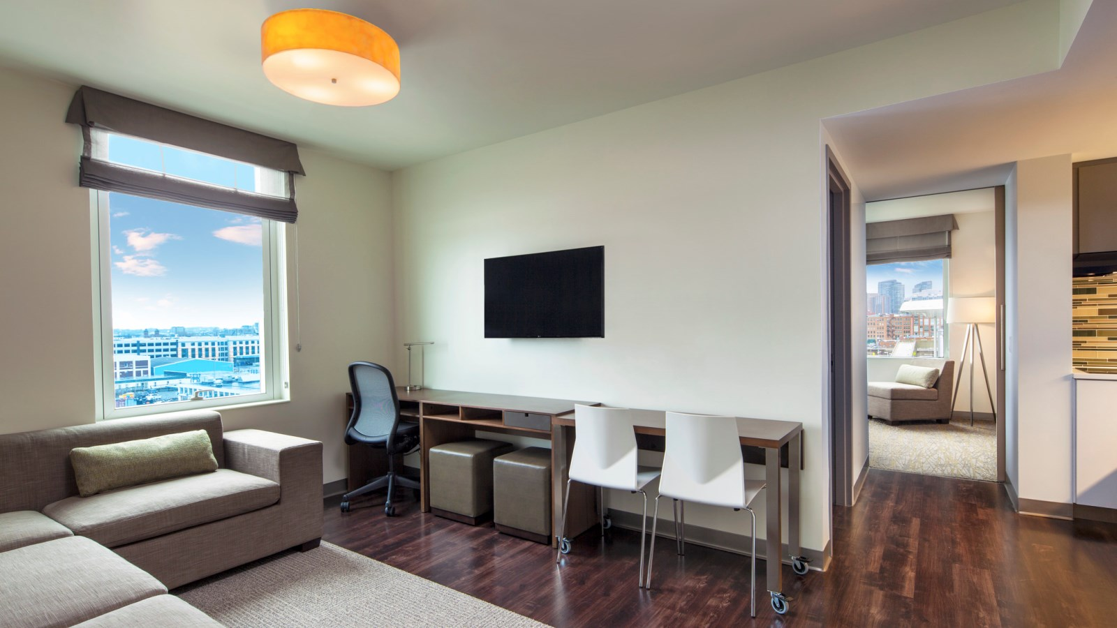 Seaport Accommodations - Executive Suite